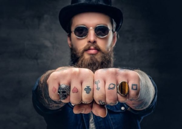 Tatuajes dedos pequeños