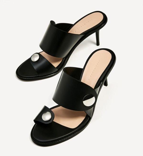 8ca4f1f6 Este diseño perteneciente al catálogo de sandalias de Zara, tiene como  particularidad ser una Sandalia elegante con unos toques de sport.