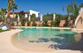 Construcción de piscinas en el jardín