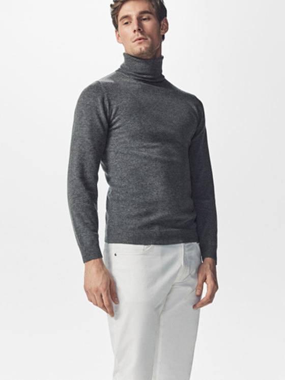 rebajas-massimo-dutti-moda-hombre-jersey-gris-cuello-vuelto