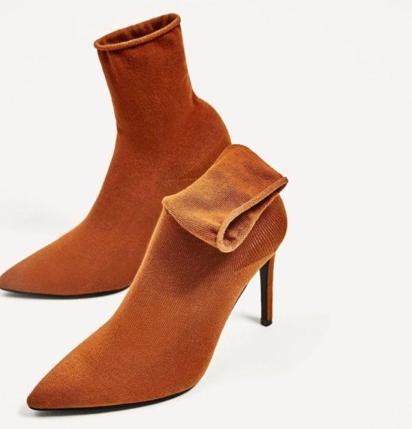 si buscamos comodidad este tipo de botn es la solucin se llaman botn tipo calcetn porque su caa se ajusta como si de un calcetn se tratara a la - Botines Marrones Tacon