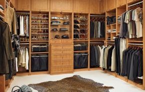 Cómo organizar un ropero o vestidor