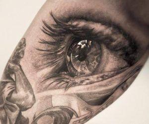 Los tatuajes de ojos