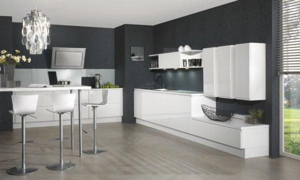 tras ver cocinas en las que el gris era el elemento en los muebles queremos ver ahora qu sucede cuando la eleccin de este tono del que hoy