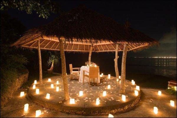 Las Mejores Ideas Para Decorar Una Cena Romantica Al Aire Libre Y En - Cena-romantica-decoracion