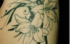 Tatuajes de flores | Azucenas
