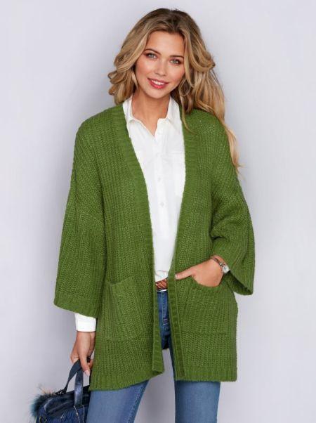 venca-catalogo-chaqueta-de-tricot-con-manga-kimono-y-bolsillos-de-plastron-verde