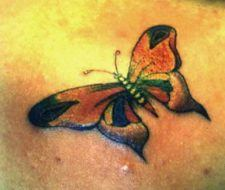 Tatuaje de rosa calavera