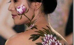 Bodypaint de flores