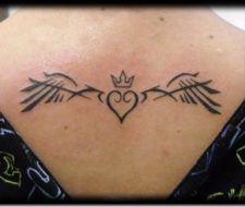 Tatuajes de corazones tribales