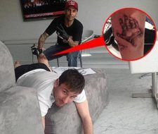 2 tatuajes de Messi, en honor a su familia