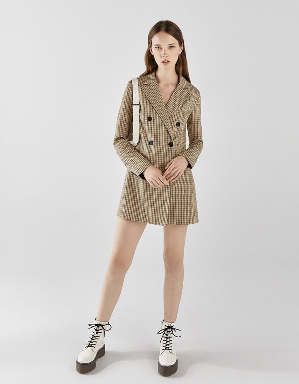 bershka-vestidos-blazer-tipo-vestido