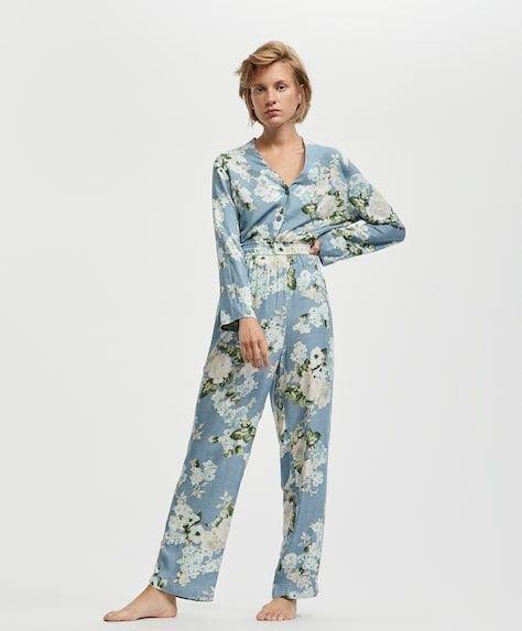oysho-pijamas-cretona-azul