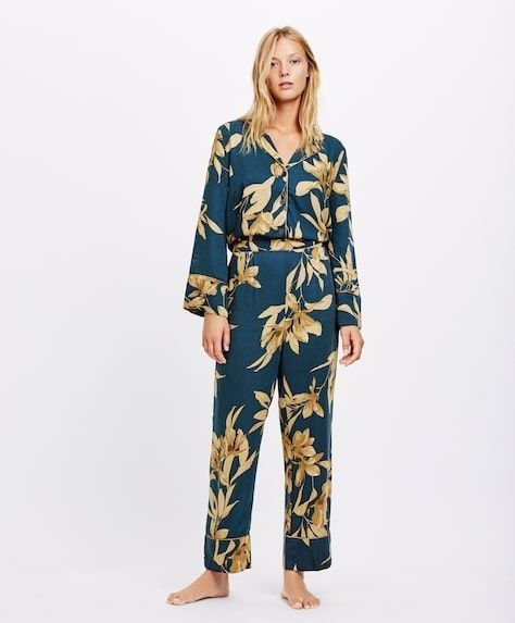oysho-pijamas-flor-dorada