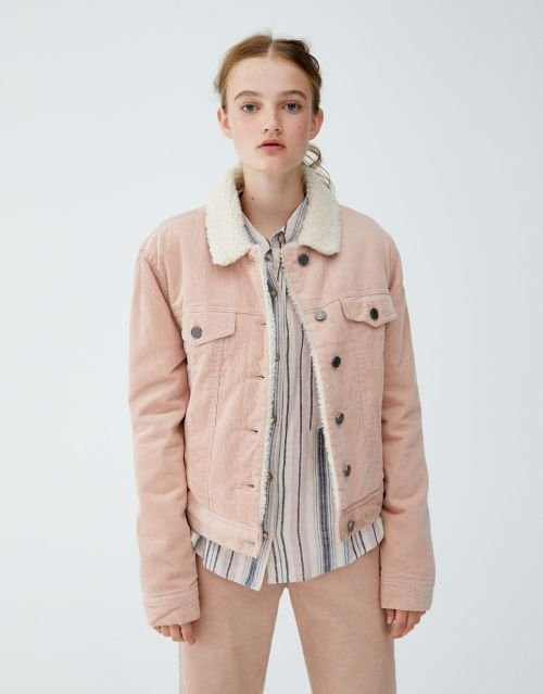 pull-and-bear-catalogo-cazadora-de-pana-rosa