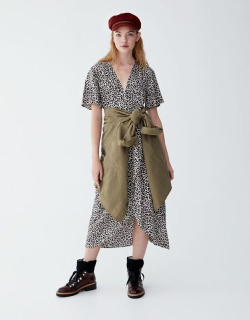 pull-and-bear-catalogo-vestido-midi-print-leopardo