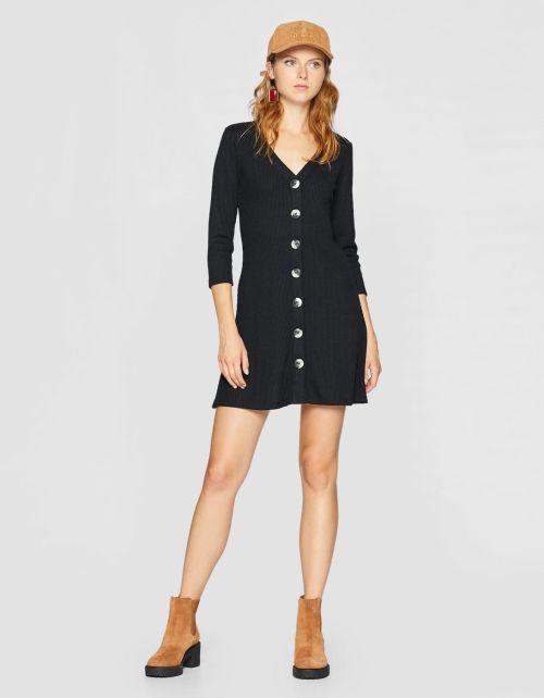 Vestido negro stradivarius 2019