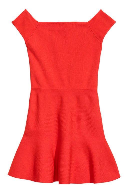 vestidos-de-fiesta-rojos-cortos-hombro-descubierto-hym