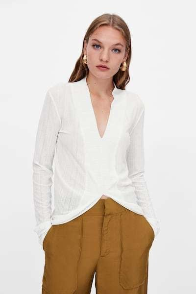 zara-camisetas-blancos-asimetrica