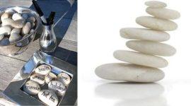 Adornos con piedras escritas