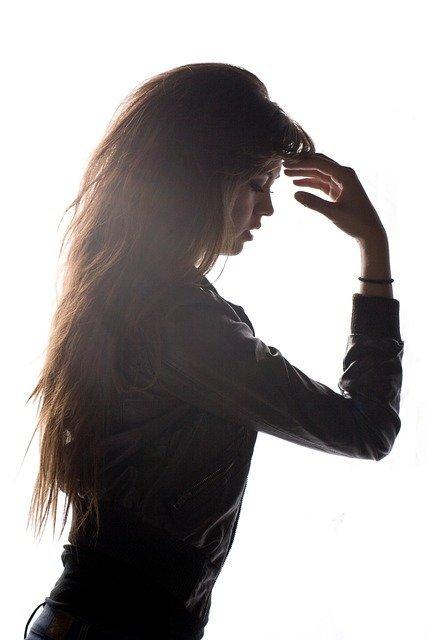 Corte de pelo largo lacio en capas