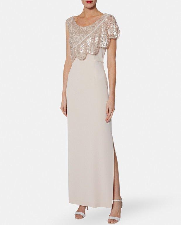 fef17abba O podéis decantaros por algún que otro modelo de vestido estampado para  esta temporada de 2019. Entre las muchas opciones