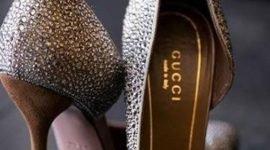 18 pruebas de que las mujeres necesitamos mas de un par de zapatos