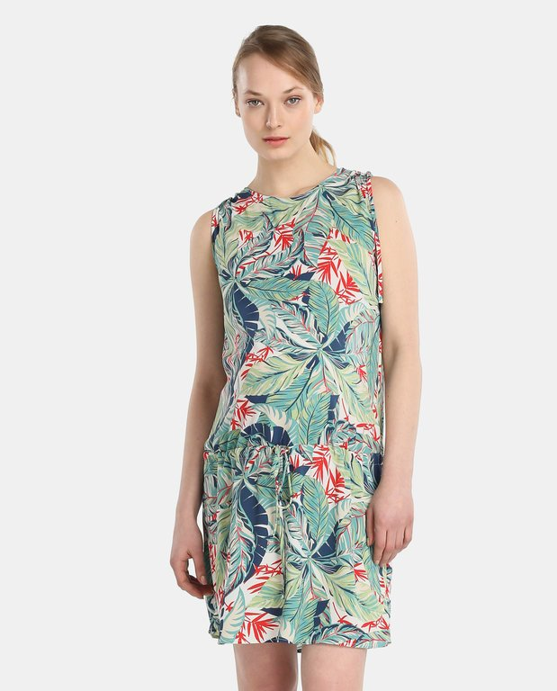 55d4f3bc9 ... este vestido de Alía con estampado tropical es de lo más fresco que  encontrarás para este Primavera Verano 2019. Cómodo como pocos