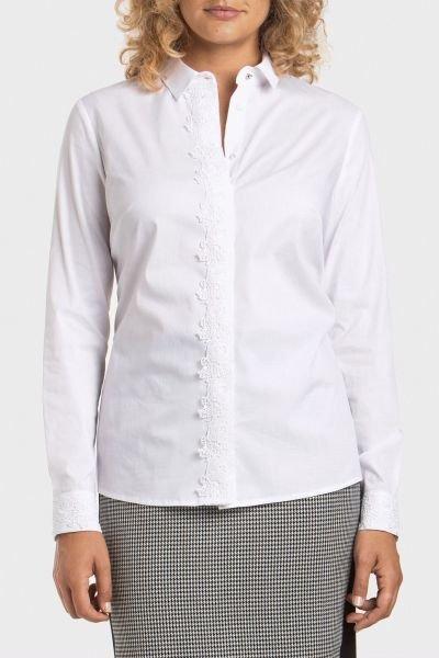 punto-roma-camisa-blanca-puntilla