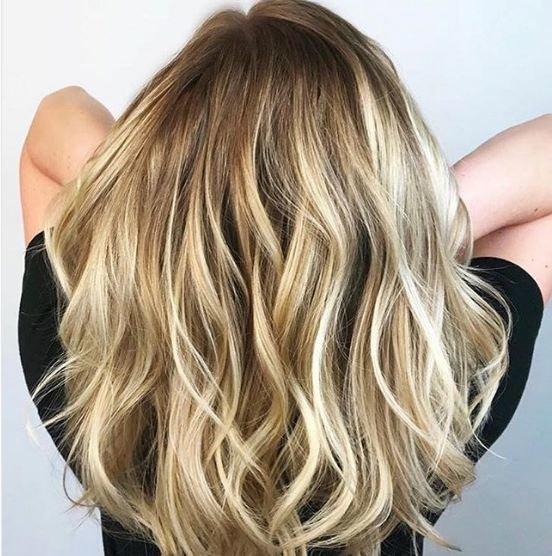 Corte de pelo largo a pico