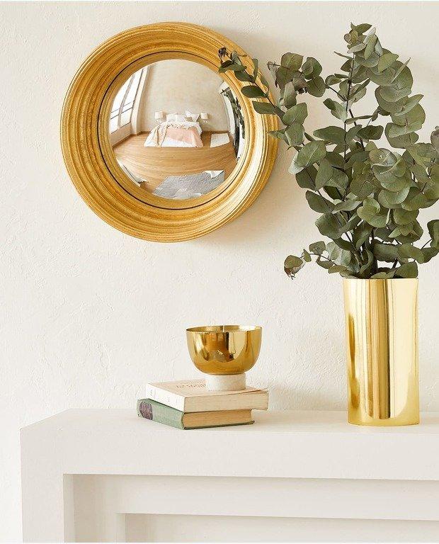 89b747e3e0d69 O podemos comprar también distintas propuestas de espejos que durante las  rebajas de Zara Home pueden llegar a tener hasta un 40% de descuentos.