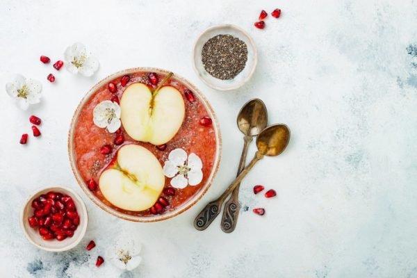 Recetas caseras de acai bowl con manzana