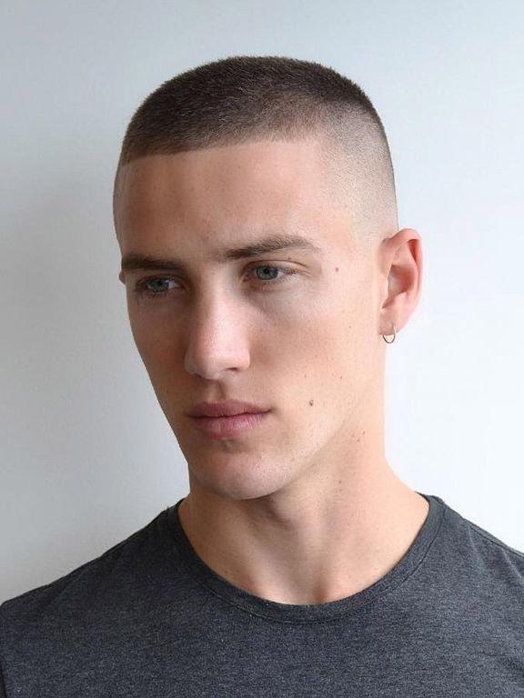 Creativo peinados chico degradado Colección de tendencias de color de pelo - Corte de pelo degradado y rapado - Peinados hombre 2020