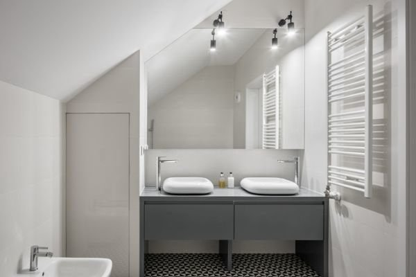 colores-para-cuartos-de-bano-pequenos-3-istock