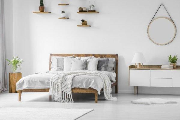 Como decorar una pared con espejos dormitorio redondo