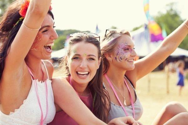 maquillajes-para-un-festival-tribal-istock