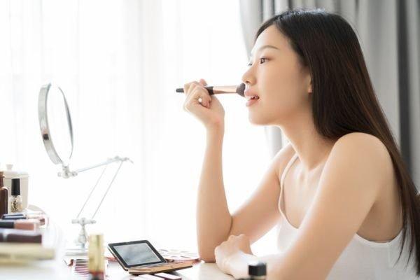 mejores-productos-de-maquillaje-coreano-istock