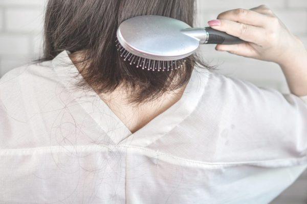 Caida del cabello en otoño