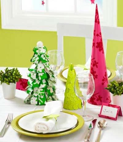decorar-mesa-en-navidad-arboles-de-papel-trucosyastucias