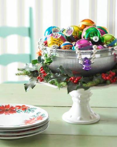 decorar-mesa-en-navidad-fuente-de-bolas-trucosyastucias