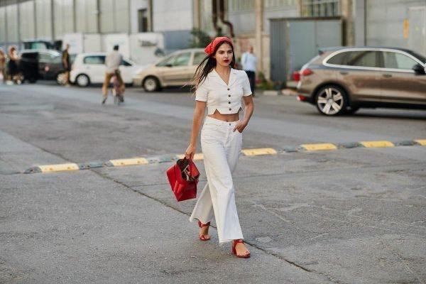 como-combinar-un-pantalon-blanco-con-blanco-verano-instyle