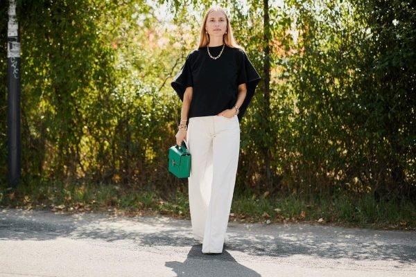 como-combinar-un-pantalon-blanco-con-blusa-negra-instyle
