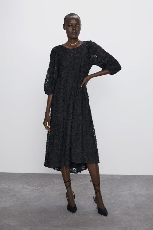 vestidos-de-fiesta-zara-2020-midi-combinado-volumen