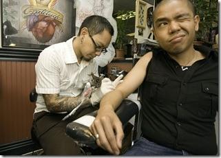 dolor y tatuajes.jpg
