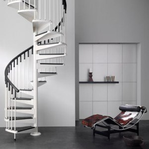 Escaleras de caracol for Escaleras interiores pequenas