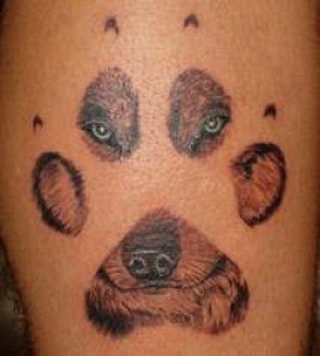 Tatuajes de huellas de perro