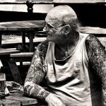 Abuelo tatuado