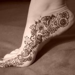 Foot-Tattoos-Mehndi-Trend2