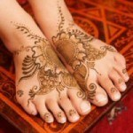 Henna-tattoo-on-foot-picture-24