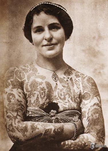 Mujeres tatuadas años 23-30-40